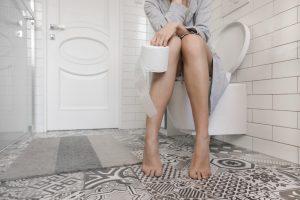 vakbélgyulladás székrekedés fájdalom
